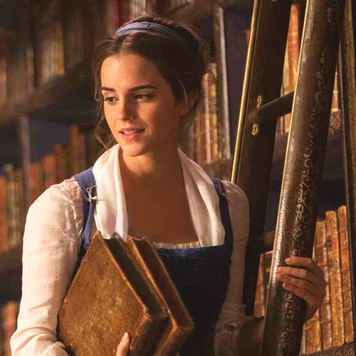 emma-watson-as-belle-beauty-and-the-beast-2017-39928869-500-500-beauty-and-the-beast-2017-40109384-500-500